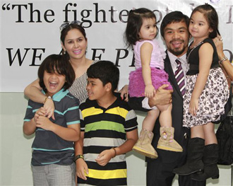 Photo of Manny Pacquiao & his  Daughter  Queen Elizabeth Pacquiao
